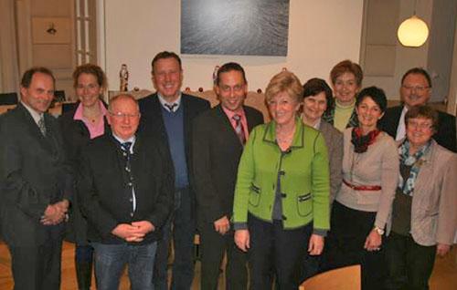 v. li. n. re.: Thomas Mirsch (vlf-Geschäftsführer), Dr. Isabell Schneweis-Fleischmann (Referentin vlf), Reimund Stumpf (1. Vors. VeV ), Harald Schäfer (1. Vors. VLM), Hans Koller (1. Vors. vlf), Angelika Schorer (Vors. Ausschuss für Ernährung, Landwirtschaft und Forsten), Christine Wutz (2. Vors. vlf), Marianne Scharr (stv. Vors. vlf/VLM), Dagmar Hartleb (2. Vors. VLM), Fritz Vogt (1. Vors. ITB), Elisabeth Forster (stv. Vors. VLM)